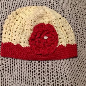 NWT Girl OS Cream & Red Flower Hand-Knit Hat